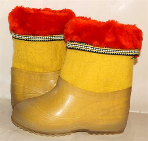 Picture of  Children's felt boots hand made with fur, 18 cm