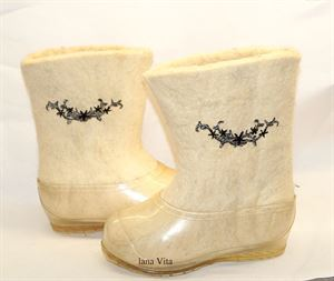 Picture of Handmade felt boots with applique, 24-30 cm